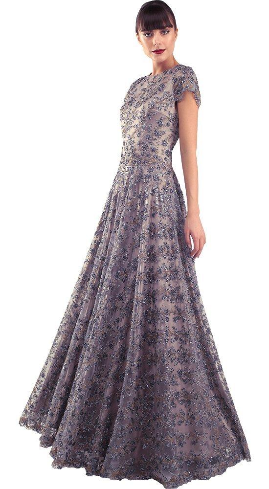 Вечернее шелковое платье в пол ГлолияПлатья больших размеров<br><br><br>Размер: 42, 44, 46, 48, 50<br>Материал: Шелк<br>Цвет: Серый<br>Сезон: Лето<br>Длина: Длинная<br>Артикул: 64459/13