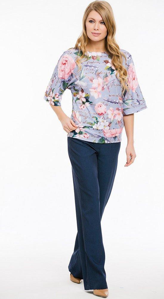 Женская кофта с цветамиКофты<br><br><br>Размер: 44, 46, 50, 52, 54<br>Материал: вискоза<br>Цвет: Мульти, Сиреневый<br>Сезон: Лето, Весна<br>Длина: Средняя<br>Артикул: 6199