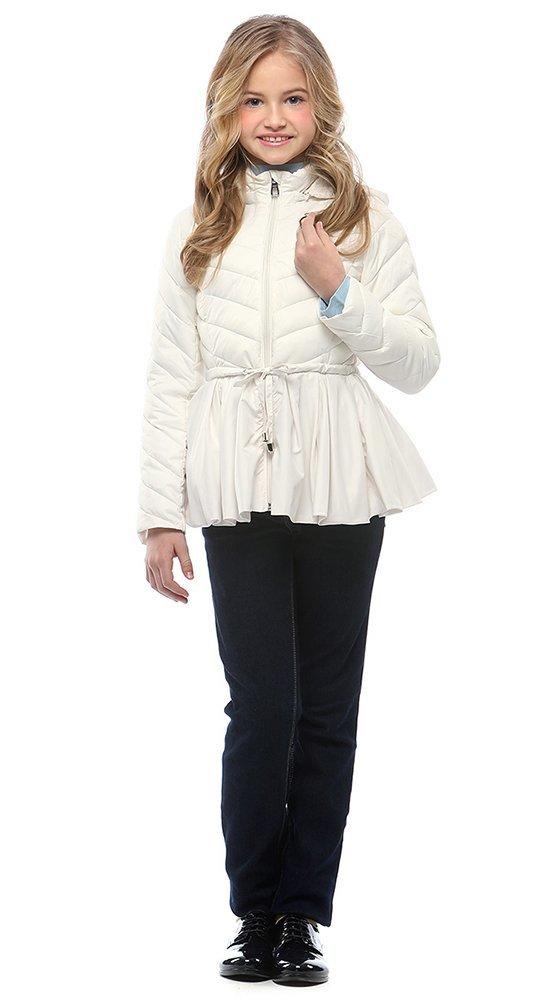 Модная куртка с баской для девочкиКуртки<br><br><br>Размер: 116-122, 128-134, 140-146, 152-158<br>Материал: Био-пух<br>Цвет: Молочный<br>Сезон: Демисезон<br>Длина: Средняя<br>Артикул: SG170208