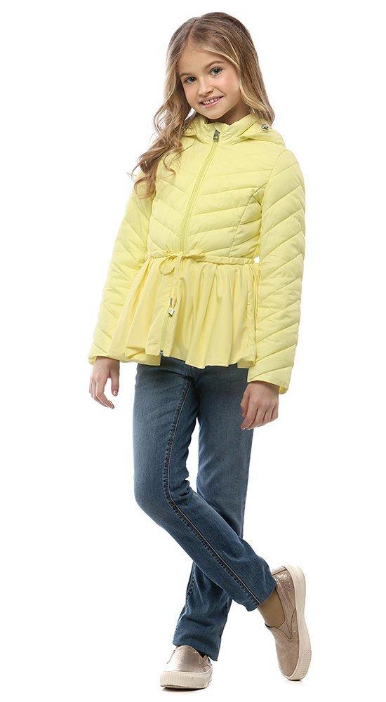 Детская куртка с баскойКуртки<br><br><br>Размер: 116-122, 128-134, 140-146, 152-158<br>Материал: Био-пух<br>Цвет: Жёлтый<br>Сезон: Демисезон<br>Длина: Средняя<br>Артикул: SG170208